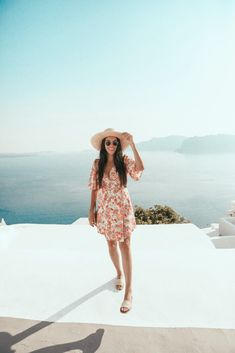 Greece Wardrobe - Nia Damalos Santorini