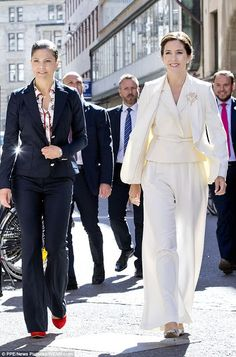 Royals & Fashion: The two princesses then met to visit an exhibition on Danish architecture and then visited the shop of the Danish jewelry designer Ole Lynggard.
