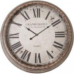 Gezien op Beslist.nl: Metalen Wandklok \'Grand Hotel\'