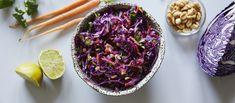 Värikäs aasialainen punakaalisalaatti tuo vaihtelua arkeen. Noin 1,25€/annos Side Dishes, Cabbage, Salads, Vegan, Vegetables, Cooking, Food Food, Halloween, Kitchen