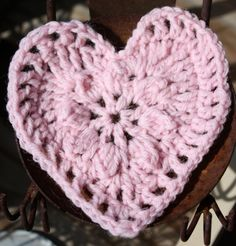 crochet heart ♥♥♥♥ ❤ ❥❤ ❥❤ ❥♥♥♥♥