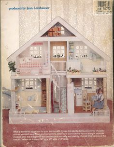 The Plastic Canvas Doll House