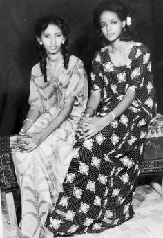 Beautiful East African women in Djibouti City (1976) - Djibouti, East Africa