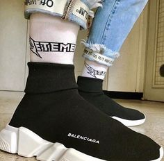 Price of The best Balenciaga Speed Trainers Mid Black White shoes Balenciaga Shoes Mens, Balenciaga Trainers, Fashion Shoes, Mens Fashion, Street Fashion, Sneakers Fashion, Mario Gomez, Sock Shoes, Women's Shoes