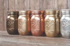 Rust-Oleum Metallic Spray Paints - Sprinkled and Painted at KA ... Metallic Spray Paint Colors, Copper Spray Paint, Gold Paint, Spray Paint Mason Jars, Painted Mason Jars, Rustoleum Metallic, Rangement Makeup, Creation Deco, Mason Jar Crafts