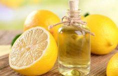 Λεμόνι ως φυσικό καλλυντικό: 6 τρόποι χρήσης του Lemon Health Benefits, Talc, Bread Machine Recipes, Cleaners Homemade, Natural Cosmetics, Facon, Natural Treatments, Hot Sauce Bottles, Remedies