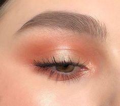 How to get a soft glam makeup look- Gorgeous orange makeup look . - How to get a soft glam makeup look- Gorgeous orange makeup look … I I # View - Soft Makeup Looks, Glam Makeup Look, Gorgeous Makeup, Simple Makeup, Summer Makeup Looks, Makeup Style, Minimal Makeup, Young Makeup Looks, No Make Up Makeup