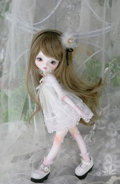 Leeke Mini (tiny art body limited)
