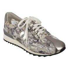 Lexana Walking In Heels, Wide Width Shoes, Comfortable Sandals, Dress Shoes, Pumps, Flats, Handbags, My Style, Spirit