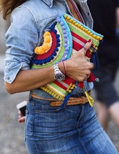 Check out this Mango boho chick ethnic clutches; they are the ultimate perfect summer clutch bags for spring and summer. Mango tassel beaded clutches are so Boho Clutch, Beaded Clutch, Diy Fashion, Womens Fashion, Fashion Trends, Curvy Fashion, Bohemian Fashion, Colorful Fashion, Paris Fashion