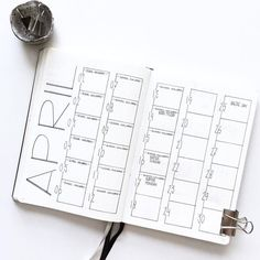 Creative Organization: simple yet stunning bullet journal monthly Spread | Bujo month layout ideas | love the numbers on the side! Planner inspiration #bujoideas #bulletjournalmonthly (@_intosimple) na Instagramie