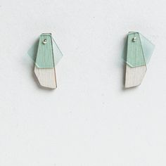 Turina Earrings Mint. Wood and plexiglass