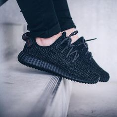 I found some amazing stuff, open it to learn more! Don't wait:http://m.dhgate.com/product/2016-hot-sale-pirate-black-yeezy-boost-350/371790656.html