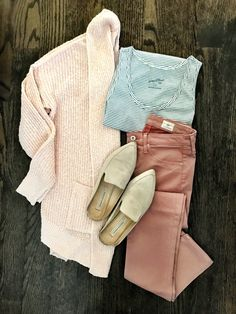 Cute casual look from Target. I love the pastel colors! Great transition into spring! Spring Outfits, Winter Outfits, Casual Outfits, Fashion Outfits, Womens Fashion, Fashion Trends, Office Outfits, Petite Fashion, Ootd Fashion