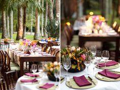 Fugindo do estilo romântico e bucólico de grande parte dos casamentos no campo, a Bothanica Paulista criou uma decoração bem alegre e colorida para este ca