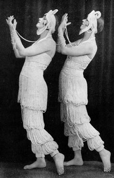 The Dolly Sisters wearing their Ciro pearl in League of Notions, London, 1921.