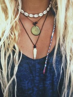 Surf girl hair - 37 Beautiful Jewelry Ideas for Girls – Surf girl hair Surfer Outfit, Surfer Girl Outfits, Surfer Girl Clothes, Surfer Girl Fashion, Surfer Girl Hair, Surf Clothes, Beach Jewelry, Boho Jewelry, Jewelry Accessories
