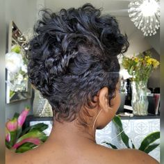 Today we have the most stylish 86 Cute Short Pixie Haircuts. We claim that you have never seen such elegant and eye-catching short hairstyles before. Pixie haircut, of course, offers a lot of options for the hair of the ladies'… Continue Reading → Short Sassy Hair, Short Hair Cuts, Pixie Cuts, Love Hair, Gorgeous Hair, Curly Hair Styles, Natural Hair Styles, Short Pixie Haircuts, Curly Pixie