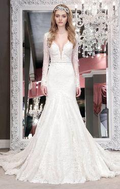 Featured Wedding Dress: Winnie Couture; www.winniecouture.com; Wedding dress idea.