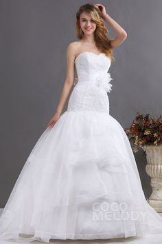 Classic Trumpet-Mermaid Sweetheart Court Train Organza Wedding Dress CWLT130E3 #weddingdresses #cocomelody