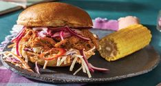 BBQ pulled pork and apple slaw? This not-so-classic burger is all the things we love about modern Australian cuisine: no rules, all flavour. Pulled Pork Burger, Pork Burgers, Pulled Pork Recipes, Burger Buns, Home Burger, Apple Slaw, Hello Fresh Recipes, Garlic Aioli, Pickled Onions