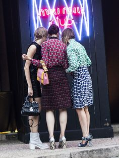 print-o-rama. #ElenaPerminova #CarolineIssa & #AnyaZiourova in Paris.