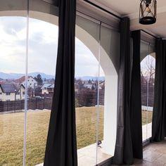 Sisteme din sticla pentru inchidere terasa | 7 ani garantie Oversized Mirror, Curtains, Home Decor, Blinds, Decoration Home, Room Decor, Interior Design, Draping, Home Interiors