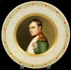 Painting on porcelain plates