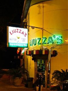 Liuzza's, Mid-City, NOLA Onion rings, fried seafood, turtle soup with sherry -- These are a few of my favorite things at Liuzza's