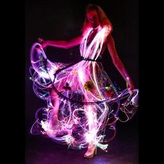 Fyber Kit Fiber Optic Costume Kit Be the highlight of your next event or party by adding glowing fiber optics to your costume or clothing with this easy to use DIY Fiber Optic Costume Kit! Light Up Dresses, Light Up Clothes, Nice Dresses, Fiber Optic Dress, Light Up Costumes, Burning Man Fashion, Led Dress, Future Fashion, Rave Outfits