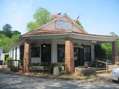 """Home Of """"Fried Green Tomatoes""""....The Whistle Stop Cafe...In Juliette, GA. Love The Movie....And The Food Here Is Delish!"""