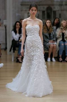 3ff08d7d2 Las 31 mejores imágenes de Vestidos de novia Oscar de la Renta ...