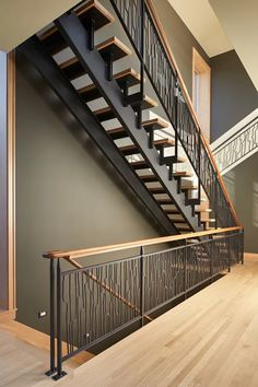 #staircaserailing      #stairscase #stair    #staircasedesign     #staircaserailing     #duplex     #homedesign      #licorice_gr    #apartmentliving #architecture