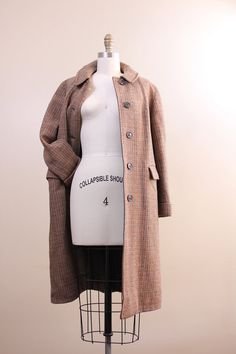 #vintage 1940s harris tweed coat! Get one!