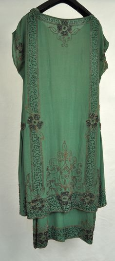 1920's French Green Beaded Silk Flapper Dress. Back