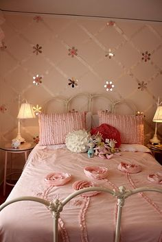 CLAIRE Paint the ribbon criss cross pattern in cream on pale rose paint
