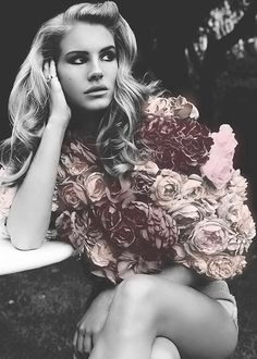 Lana Del Rey is the latest internet musical sensation – the fatal combination of looks and talent. Lana Del Rey is her stage n. Lana Del Ray, Summertime Sadness, Glamour, Gq, Pretty People, Beautiful People, Beautiful Beautiful, Stunning Women, Hello Gorgeous