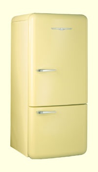Retro refrigerator. A white one would complete dream kitchen for my house on Sunset.