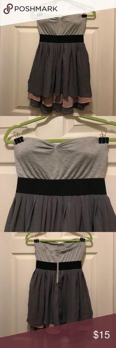 Wet Seal strapless dress 🌸fun & flowy 🌸 Wet Seal strapless dress 🌸fun & flowy 🌸 Wet Seal Dresses Strapless
