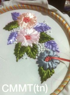 Wonderful Ribbon Embroidery Flowers by Hand Ideas. Enchanting Ribbon Embroidery Flowers by Hand Ideas. Ribbon Embroidery Tutorial, Hand Embroidery Flowers, Hand Embroidery Stitches, Silk Ribbon Embroidery, Hand Embroidery Designs, Satin Ribbon Flowers, Ribbon Art, Ribbon Crafts, Beaded Flowers Patterns