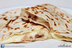 Cassone prosciutto cotto e mozzarella #rimini #italianstreetfood #italianfood #piadina #piada #cucina italiana #Casinadelbosco Seguici: www.facebook.com/casinadelbosco