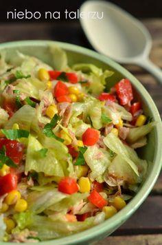 Sałatka z tuńczykiem - niebo na talerzu Seafood Salad, Pasta Salad, Polish Recipes, Tasty Dishes, Bon Appetit, Potato Salad, Food And Drink, Healthy Eating, Menu