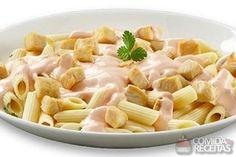Receita de Massa com molho rosé em receitas de massas, veja essa e outras receitas aqui! Ham And Cheese, Macaroni And Cheese, Ravioli, Crepes, Chowder, Pasta Salad, Risotto, Garlic, Good Food