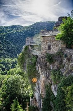 Cantobre near Nant Millau Aveyron Midi-Pyrénées France. Here you relax with these backyard landscaping ideas and landscape design. Backyard Landscaping, Landscaping Ideas, Languedoc Roussillon, Pyrenees, Landscape Design, Places Ive Been, The Good Place, Relax, Earth