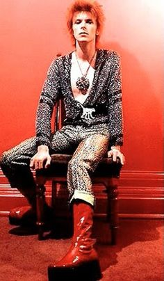 Glam Rock idol David Bowie is very famous for his 70's unique and androgynous style. At that time there was no Marilyn Manson or Lady Gaga to shock people with their crazy looks, so Bowie was the only one taking the whole fashion attention.