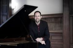 Myer to weave his piano magic in SA once again – Hannie Hefer Promotions Piano, Weave, Tours, Magic, Concert, Concerts, Pianos