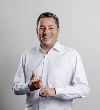 Hans Helfferich übernimmt Geschäftsleitung der eazers GmbH - eazers GmbH