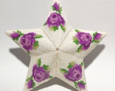 Your place to buy and sell all things handmade Peyote Patterns, Weaving Patterns, Star Patterns, Cool Patterns, Green Butterfly, Butterfly Pattern, Beaded Christmas Ornaments, Christmas Tree, Beading Needles