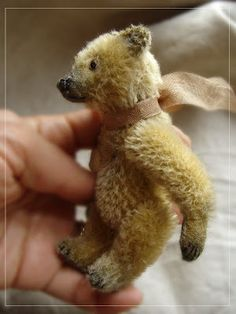 Antique & Collectible Teddy Bears: Nounours Bearcraft
