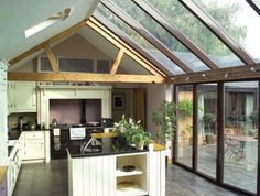 Orangery, Conservatory or Glass Extension differences explained What Is A Conservatory, Conservatory Extension, Conservatory Kitchen, Orangery Conservatory, Modern Conservatory, Countryside Kitchen, Country Kitchen, Patio Central, Glass Extension